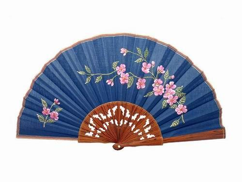 Navy Blue Lace Lacquered Palo Santo Wood Fan with Pink Flowers. 50X27cm