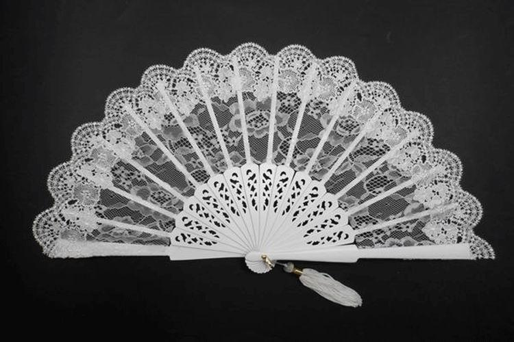 Low Cost White Bridal´s Fan. Ref. 1313