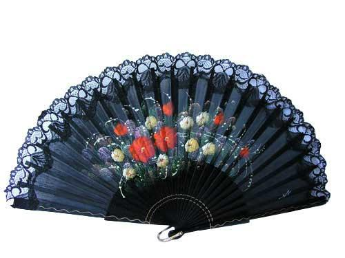 Traditional hand painted fans. Ref. 147