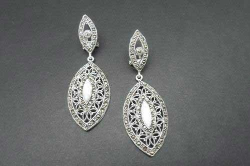 Openwork Silver and oval earrings with marcasita