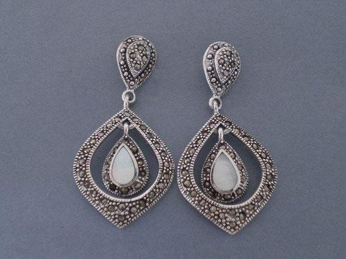 Silver and marcasitas earrings with nacre and doble tear