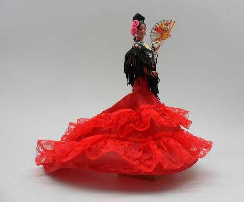 Red Flamenco doll with shawl by Marin. Mod 601