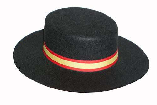 Cordobes hat with the Spanish flag