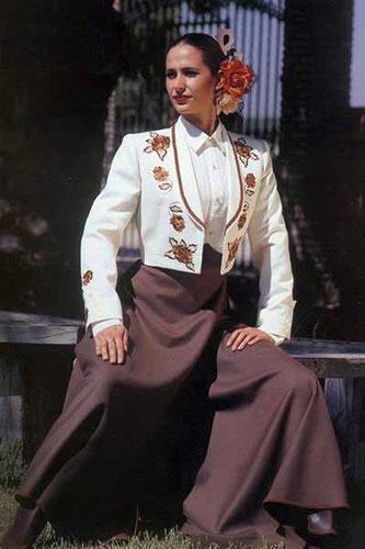 Ivory Horsewoman's Jacket Embroidered with Brown Roses and Brown Cordobesa Skirt