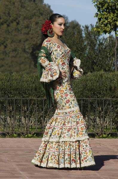 Ropa Elite, última moda: Imagenes faldas rocieras