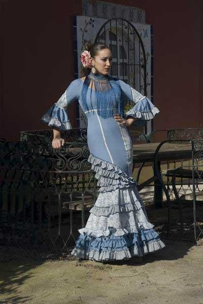 Flamenca Costume. Tallo