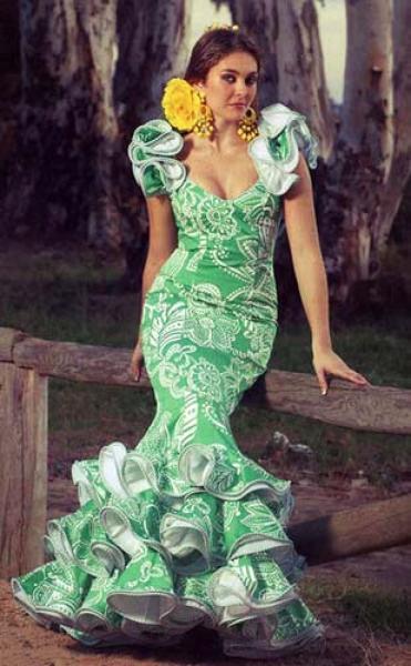 Traje de flamenca mod granada verde for Tablon verde granada