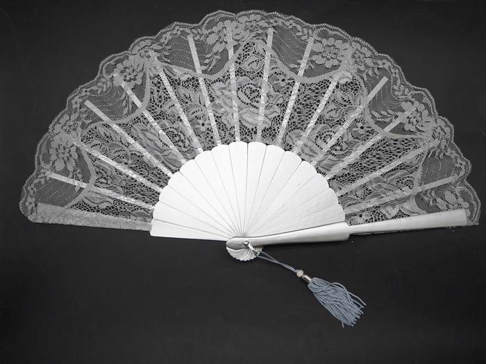 Silver Lace Fan for Ceremony. Ref. 1709