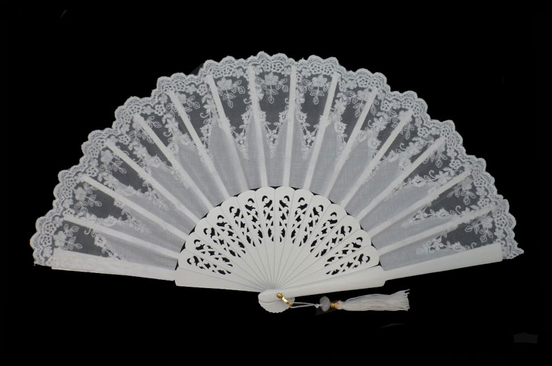 Bridal Tapered Lace Fan. Ref. 1623