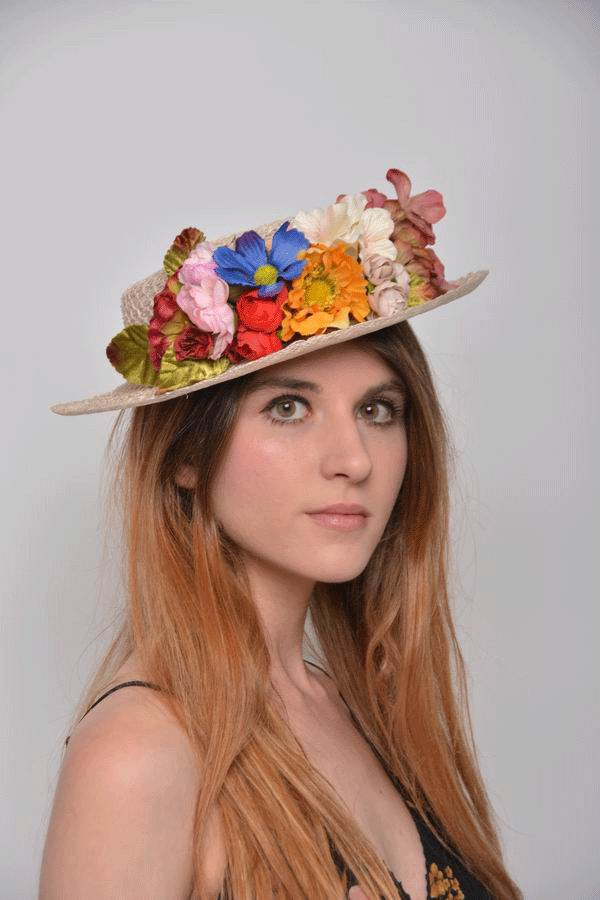 Straw Boater Antonela. Trellis with a Bouquet of Flowers
