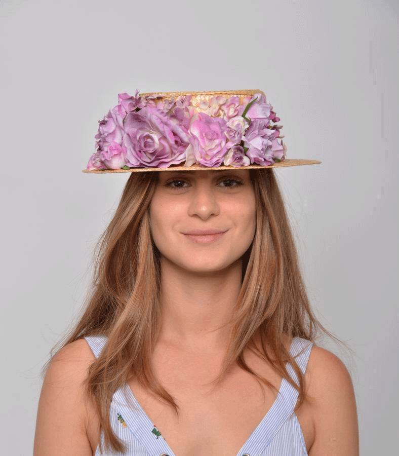 Straw Boater Reyes. Straw and Headdress in Mauve Tones