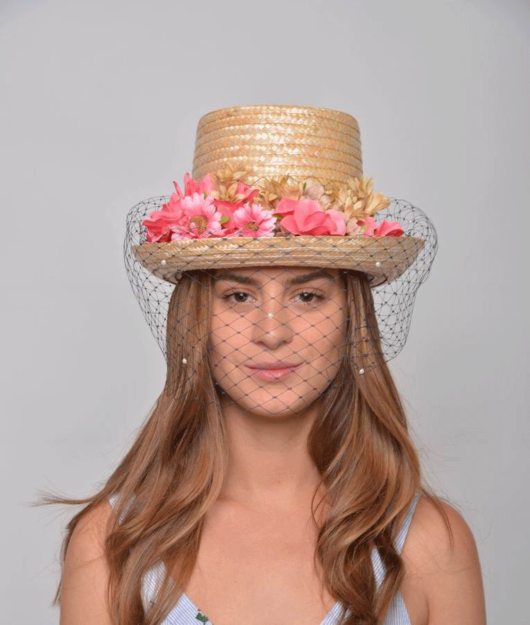 Top Hat Atenea made of Straw, Flowers and Veil