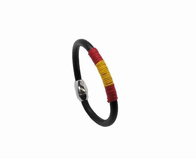 Spanish Flag Bracelet. Black Band