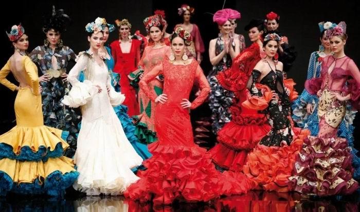 c597bab8dd37 Trajes y Moda Flamenca 2019 - Faldas y Vestidos flamencos online