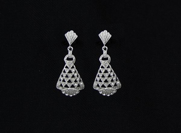 Rhodium Earrings for Bride, Shawl and Parties with Swarovski Crystals ref. 53811