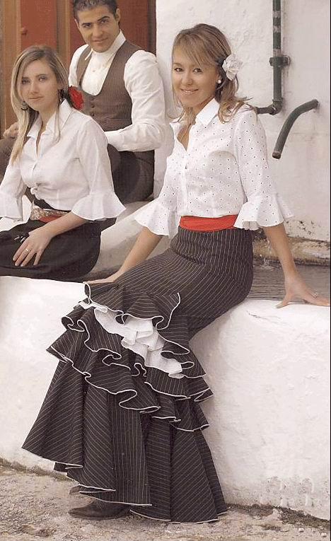 Resultado de imagen de falda rociera