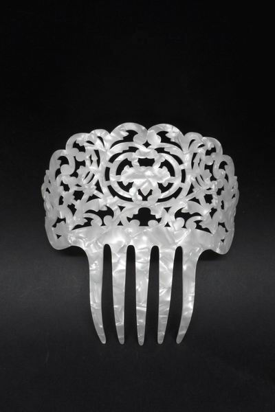 Mother of Pearl Comb - ref. 153P