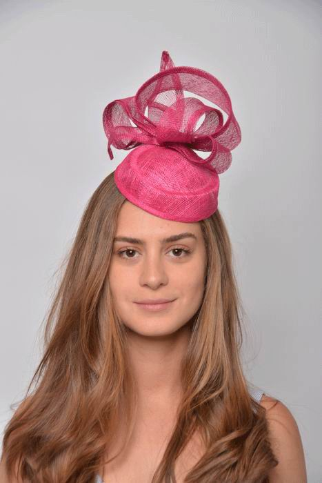 Headdress Zoe. Sinamay and Bonnet Fuchsia