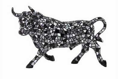 Resin Bull in Silver. Barcino 24cm