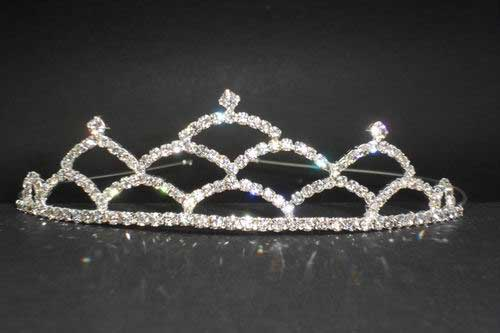 Tiara with strass. Ref. 28472