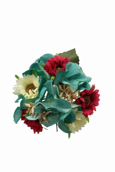 Flamenca Bouquet in Bougainvillea and Beige Daisies and Green flowers