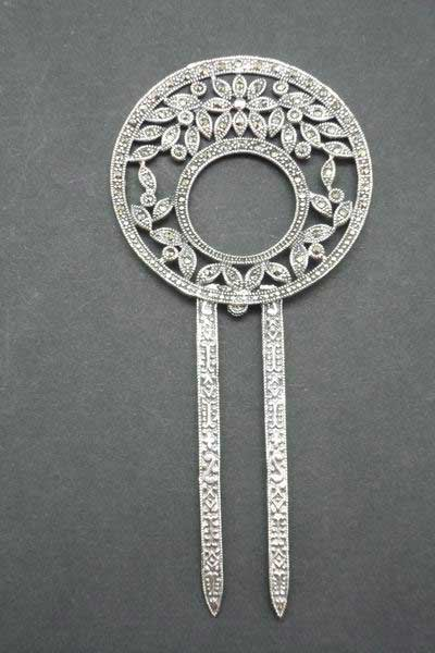 Circle silver and marcasistas comb with leaves