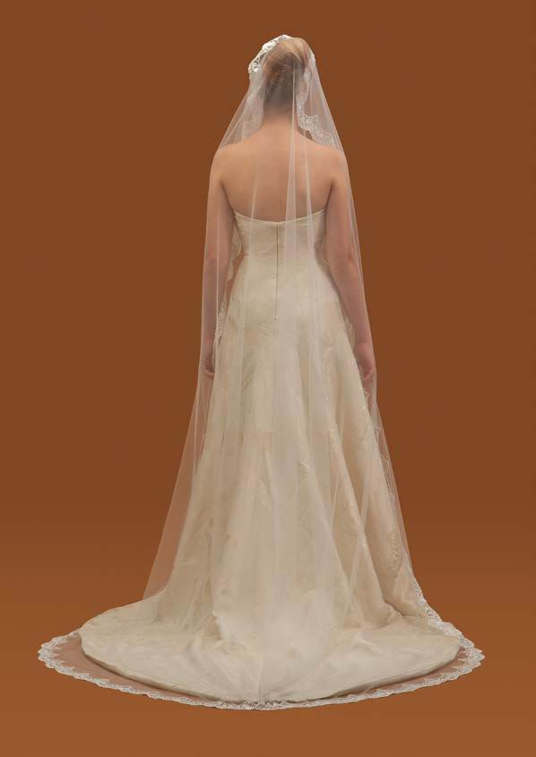 Long Spanish Embroidered Crystal Tulle Veil. Mod. Safira 3mX2m