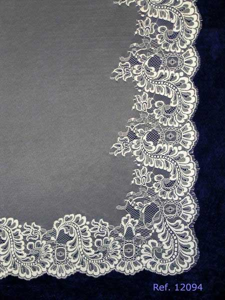 Ivory White Wedding Veil Spanish Mantilla Measurement 270 X 210 cm