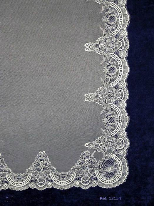 Ivory White Wedding Veil Mantilla.Measurements 130 X 250 cm