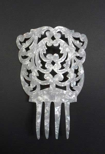 Chiseled Mother of Pearl Comb - ref. 955