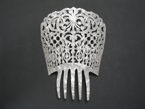 Mother of Pearl Chiseled Comb - ref. 662