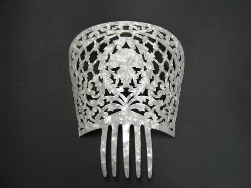 Mother of Pearl Comb - Ref.224 Chiseled