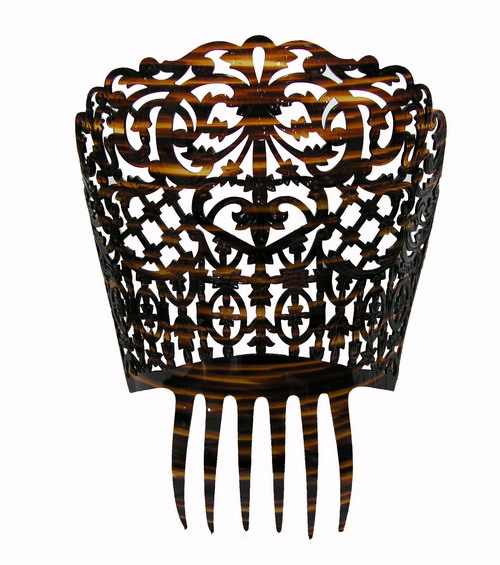 Ornamental Comb ref. 662