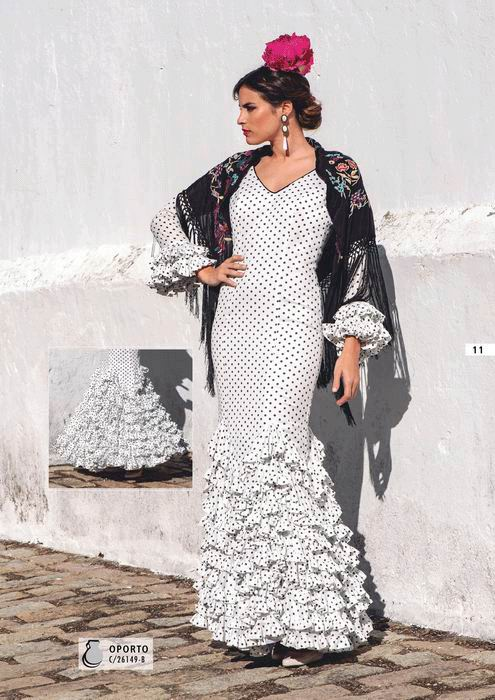 01519286e Trajes de Flamenca colección 2019 Creaciones Mari Cruz - FlamencoExport