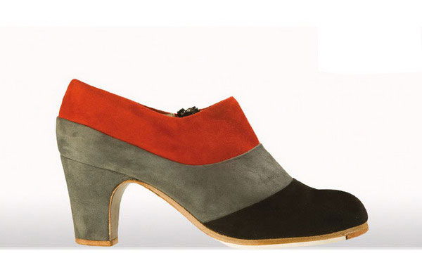 Flamenco Shoes from Begoña Cervera. Tricolour