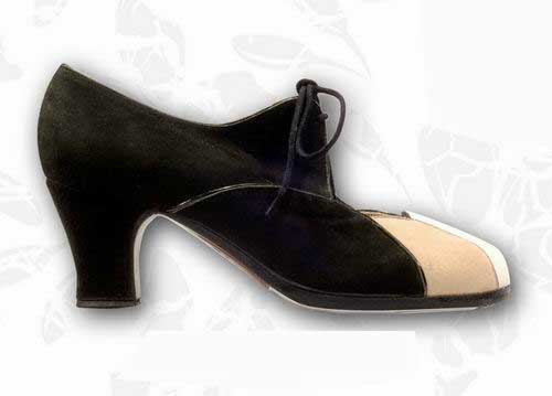 Flamenco Shoes from Begoña Cervera. Acuarela Cordonera