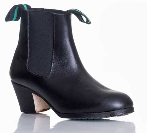 Men´s Leather Ankle Boots With Nails