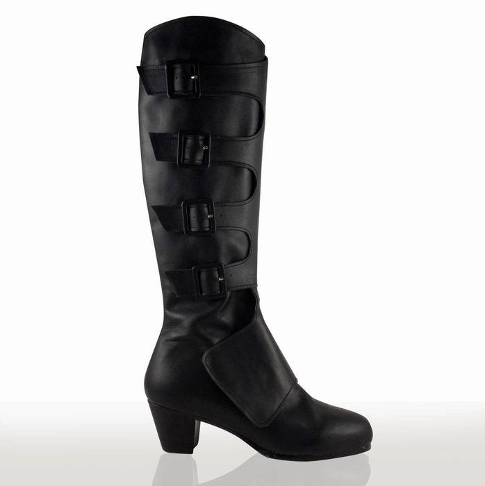 Flamenco shoes for dance