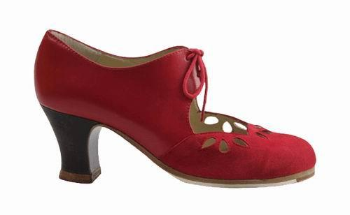 Flamenco Shoes from Begoña Cervera. Petalo