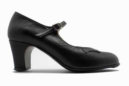 Basic Black Leather Flamenco Shoes from Begoña Cervera.